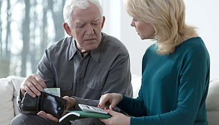 1140-Warning-signs-of-elder-financial-ab