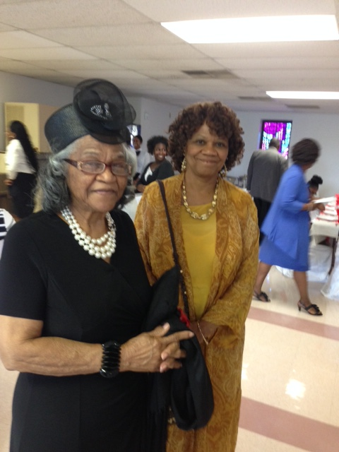 Momma Simmons w/ her oldest daughter