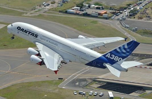 Huvitav: Miks maailma suurimast reisilennukist ei ole kaubaversiooni?