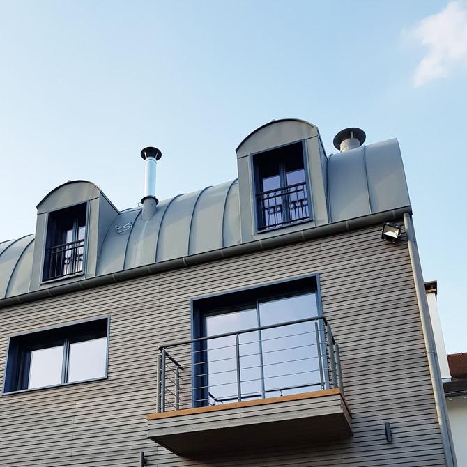 """MAISON A PART - """"Atmosphère cosy et volumes généreux pour cette maison à ossature bois"""""""