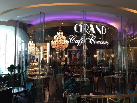 Grand Westfield Caffe Concerto