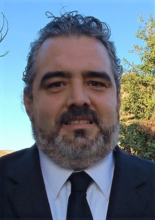 Carlos%20Torres_edited.jpg