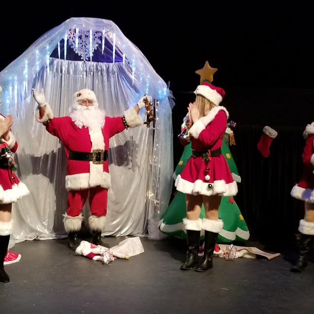 Santa   Sleigh Girls