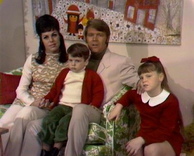Glen Campbell Goodtime Hour Family Christmas