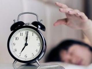 La razón por la que las alarmas de los relojes se repiten cada 9 minutos y que probablemente no sabí