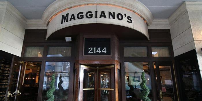 Maggiano's-Little-Italy-Las-Vegas-Weddin
