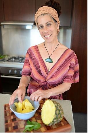 Hagar Ozri the organic cook personal chef service