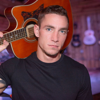 Country Artist Joe Robinson