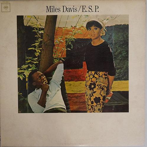 MILES DAVIS / E.S.P.(2EYE360MONO)
