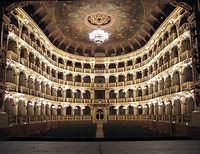 Teatro_Comunale_Bologna.jpg