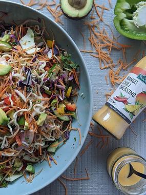 Kale_Salad_With_Noodles,_Capsicum_&_Mang