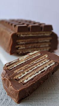 Kinder Biscuit Cake1.jpg