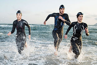 Sleeved-vs-Sleeveless-wetsuits.jpg