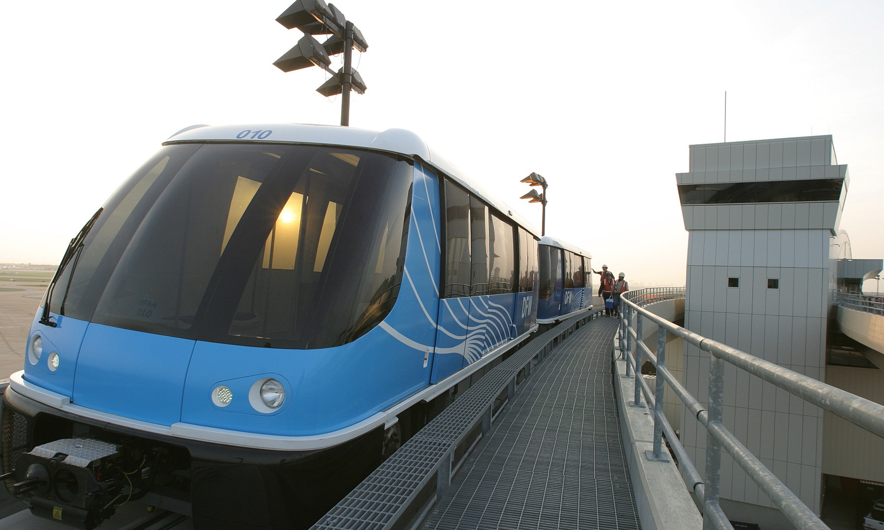 DFW Terminal B TEX Rail