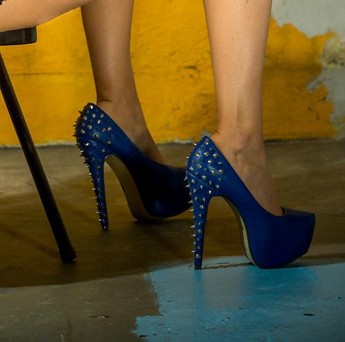 [GEAR] Shoes: Blue Spiked Heels