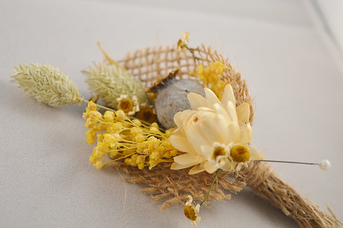 Summery Dried Buttonholes