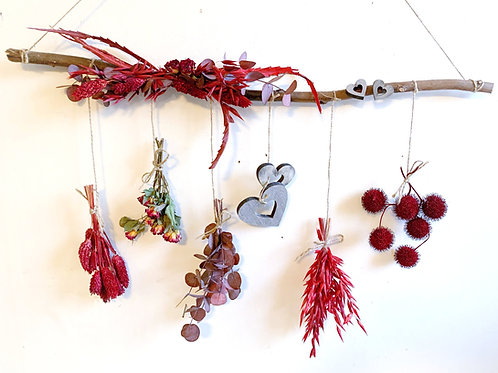 Dried & Wild Letterbox Valentine Wall Hanging
