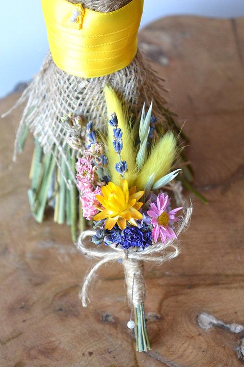 Vibrant Dainty Buttonhole