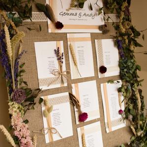 Dried Flower Wedding Seat Planner