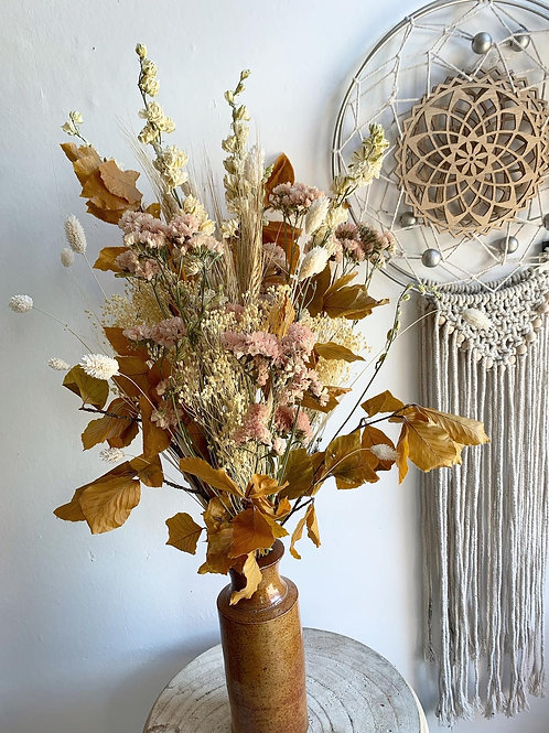 Dried & Wild Letterbox Flowers - Peachy