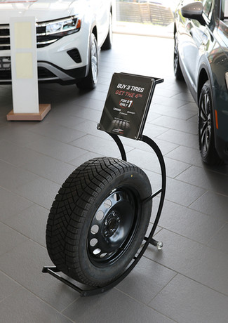 Dealership Tire Stand