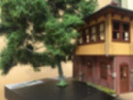 Hero-Trees-O-Front.jpg