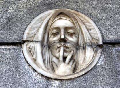 La Recoleta cemetery, illustrious and ghosts