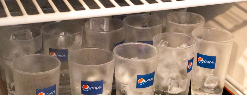 氷はあらかじめグラスに入れてあります.jpg