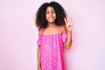Girl in pink dress showing number 4 to represent Step 4 of PCIT Certification Training