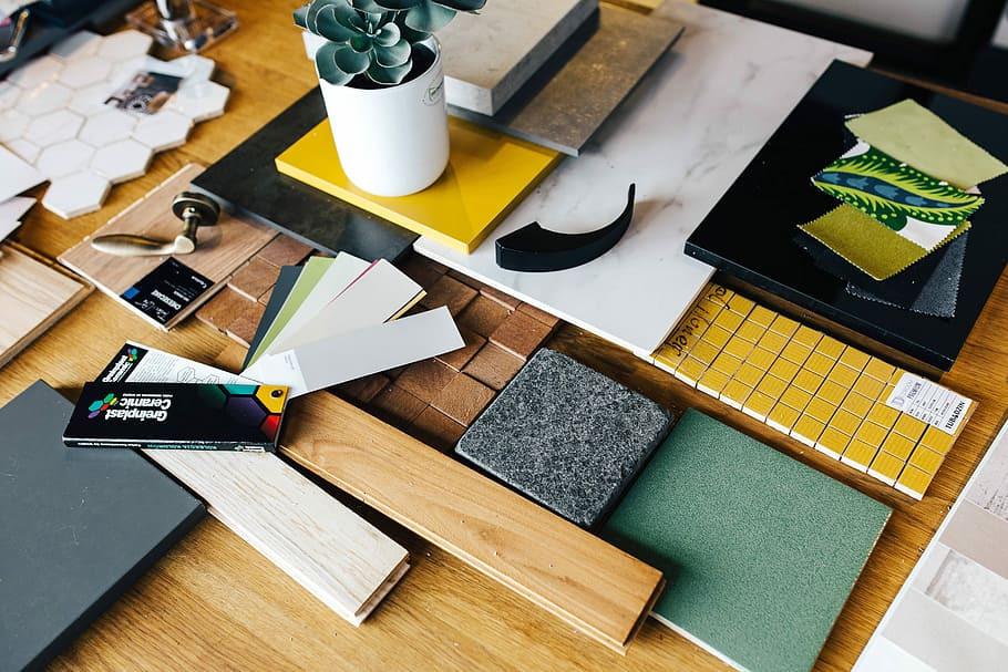 Wallpaper Designer & Entrepreneur