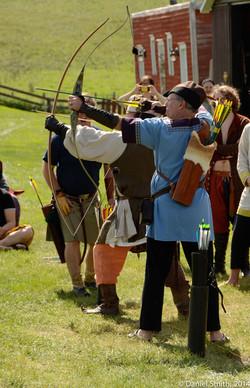 Good Knights - archery demonstration
