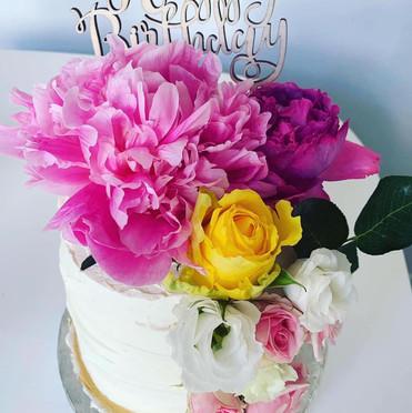 Flower 2 cake.jpg