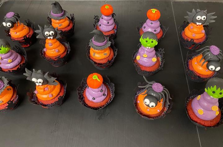 Cupcake halloween 3.jpg