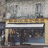 Boutique sous la neige.jpg