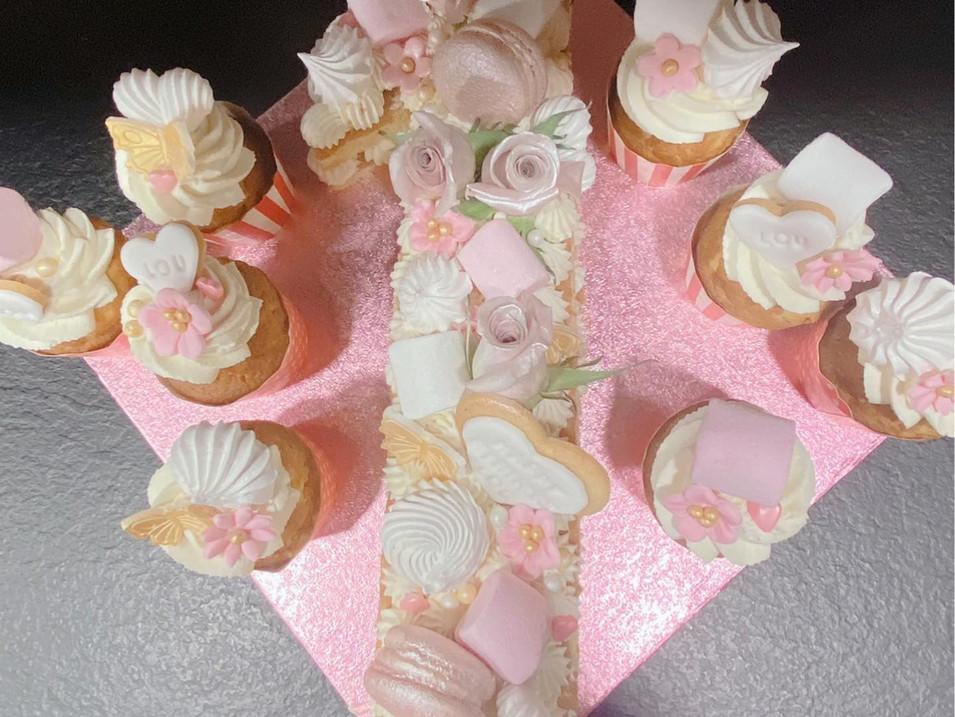 Number cake sweet table.jpg