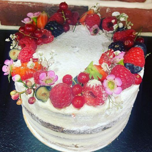 Nude Cake 2.jpg