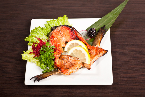 grilled-salmon-collar