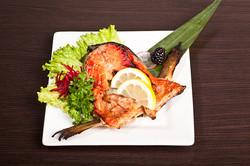 grilled-salmon-collar