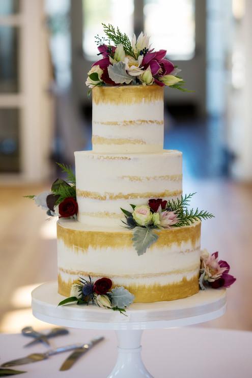 Reiley & Brady Rustic Cake with Fresh flowers