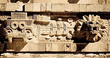 Templo-de-Quetzalcóatl.png