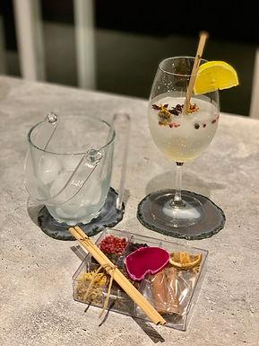 Kit gin Ágata rosa II e canudo bamboo