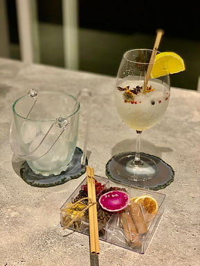 Kit Gin Ágata rosa I e canudo bamboo