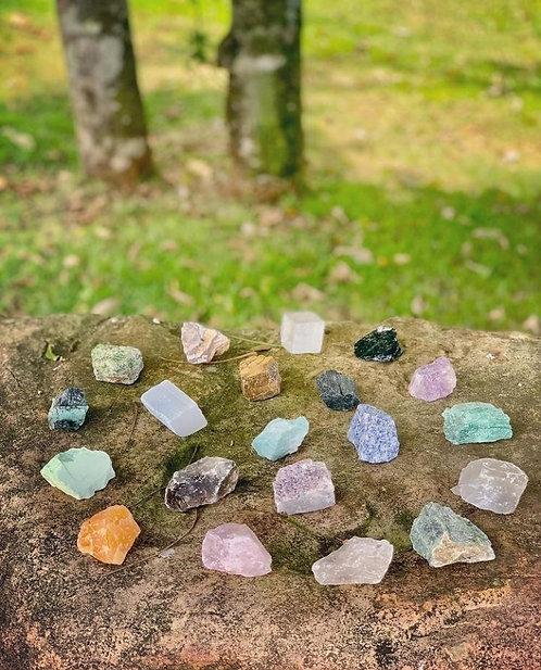 Pedras naturais Variadas.