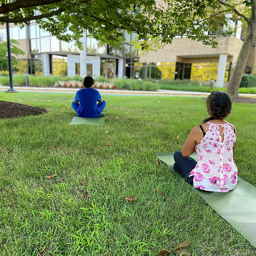 7pm Outdoor Yoga Class Adult (12yrs and older)