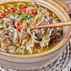 Poached Beef Rolls with Enoki Mushrooms with Vermicelli in Spicy and Sour Soup 金汤肥牛金针菇粉丝煲