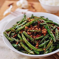 Stir fried Beans with Dried Shrimp and Chicken Mince with Chilli