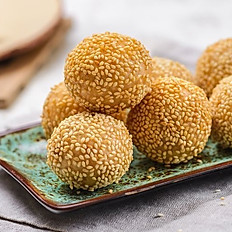 Sesame Balls with Red Bean Paste 煎堆