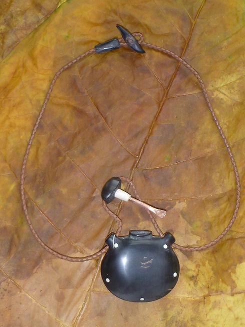 Medizindose aus Horn - Tulukkap Anersaava