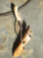 Tuukkaq aus fossilem Robbenknochen