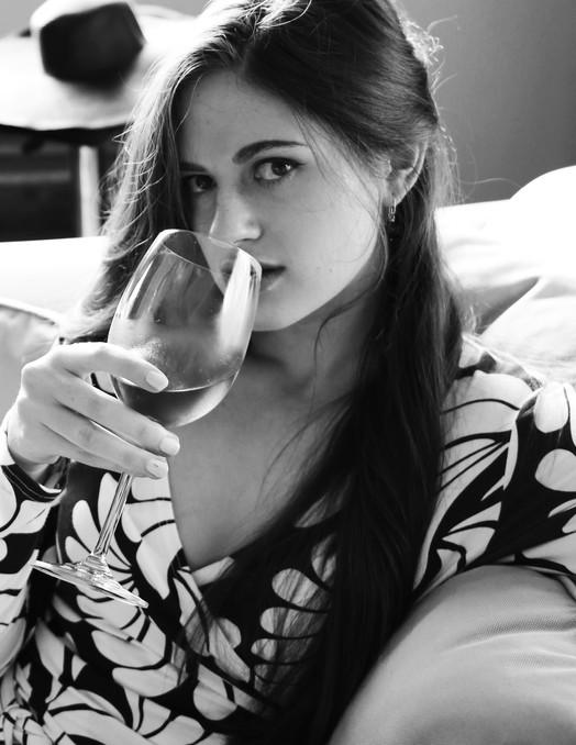 sab glas wine.jpg